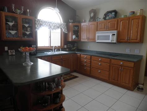 tiling kitchen countertops are chestnut brown granite countertops in a kitchen 2822