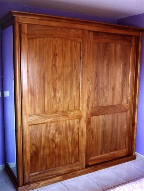 armoire chambre bois massif design cuisine chambre bois