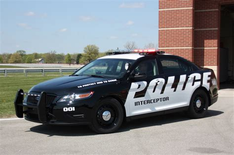 Fords Taurus Based Police Interceptor Getting More Power