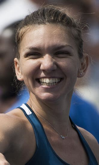 Simona Halep biography | body measurements | net worth | boyfriend| family | house |car |facts - YouTube