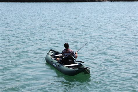 Kayak Boats Pictures by Saturn Pro Angler Fishing Kayaks