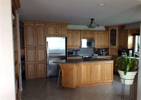 how to paint kitchen cabinet best 25 oak kitchens ideas on oak cabinet 7309