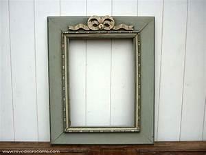 Miroir Ancien Le Bon Coin : cadre ancien en bois peint orn d 39 un n ud en bois patin gris vert et beige ~ Teatrodelosmanantiales.com Idées de Décoration