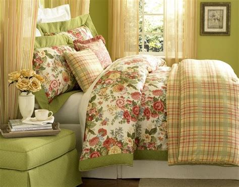 bed spreads the curtain and blind factory