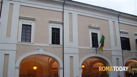 Ufficio Anagrafe Civitavecchia Albano L Ufficio Anagrafe Chiuso Per Rapina Rubate 1000