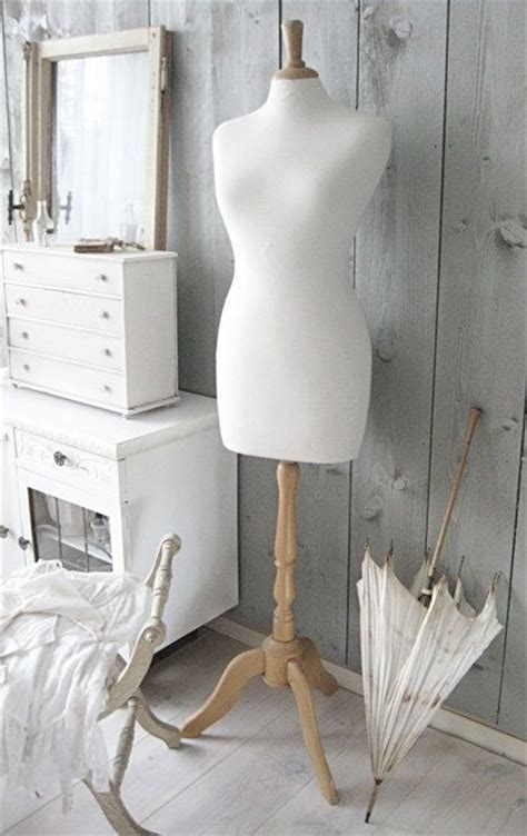 25+ Best Ideas About Clothes Mannequin On Pinterest