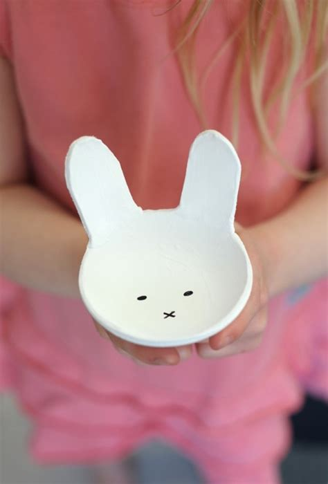 fun diy clay bunny bowls  easter shelterness