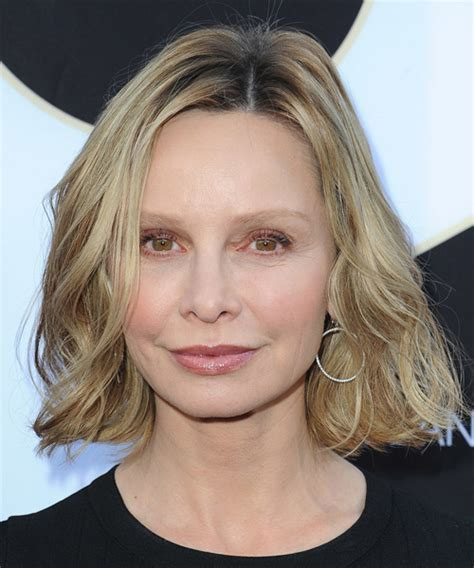Calista Flockhart Hairstyles for 2017   Celebrity