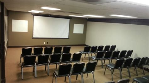 ceiling mounted projectors for conference rooms projector or tv for meeting room