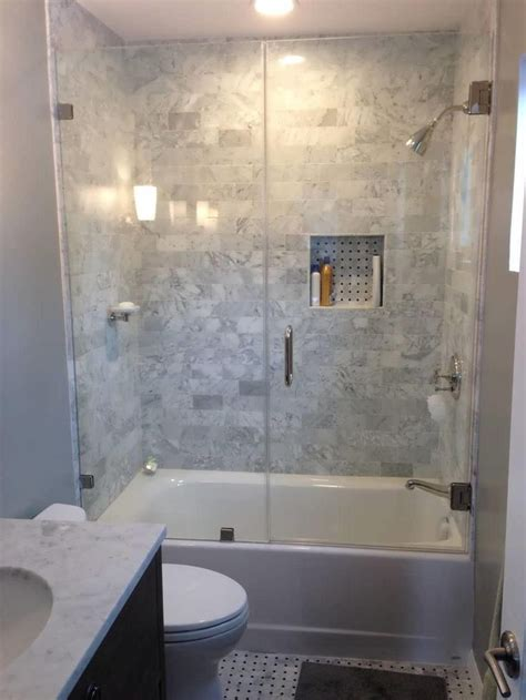 Best Bathroom Remodel Ideas by Best 25 Small Bathroom Renovations Ideas On