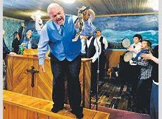 Pastor's death doesn't deter snakehandling Ky church