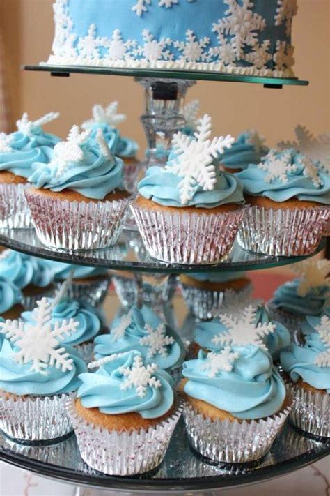 edible snowflakes cupcake toppers fondant snowflake