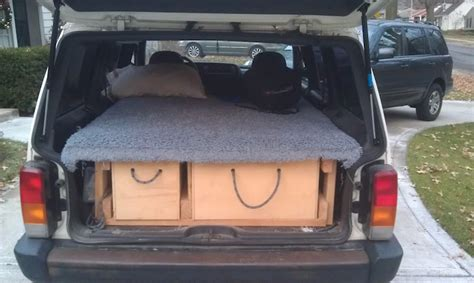 idea  making  jeep cherokee camper small suv camping