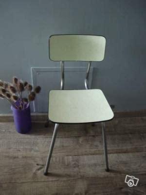 relooker une chaise en formica chaise à relooker l 39 atelier azimuté