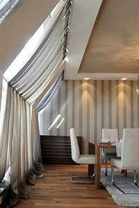 Vorhang Für Dachschräge : 1001 ideen f r dachfenster gardinen und vorh nge ~ Markanthonyermac.com Haus und Dekorationen