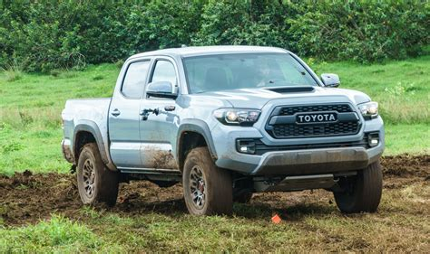 Offroad In Hawaii With The 2017 Toyota Tacoma Trd Pro