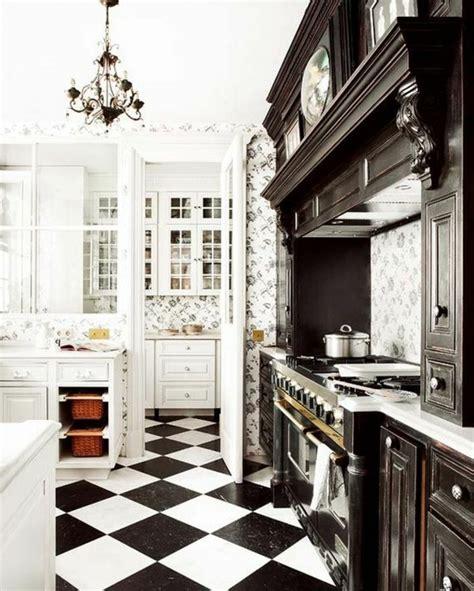 carrelage damier noir et blanc cuisine le carrelage damier noir et blanc en 78 photos
