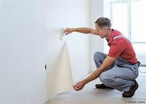 Fenster Tapezieren Anleitung : wandgestaltung anleitung zum tapezieren maler und lackierer ~ Lizthompson.info Haus und Dekorationen