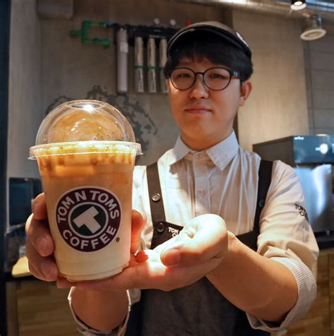 Tom n toms coffee has updated their hours, takeout & delivery options. Korean coffee chain Tom N Toms Coffee opens in Cebu   Cebu Daily News