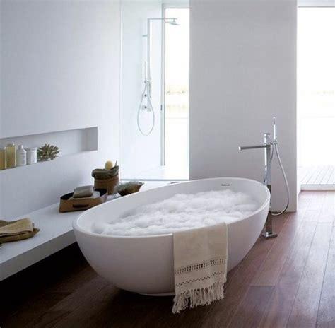 la baignoire ovale les meilleurs idees pour votre salle