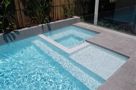Swimming Pools With White Tiles Photo