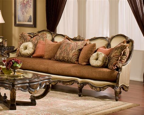 Traditional Style Loveseats by Benetti S Sofa In Traditional Style Abrianna Btab014