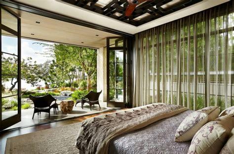 chambre à coucher rustique influence asiatique pour cette magnifique résidence de