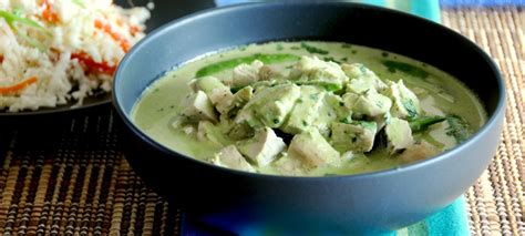 thai kitchen green curry easy chicken in thai green curry sauce 7174