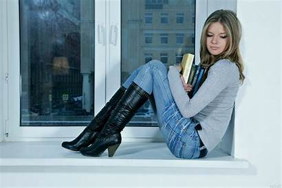 Boots Sitting Leather Wearing Blonde Catherine Jeans