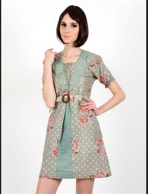 model baju batik modern  pesta  tampil menawan