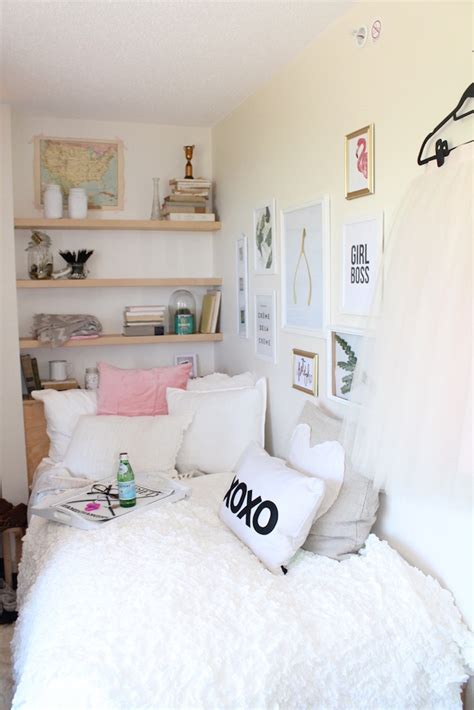 Bedroom Decor For Small Room by My 3 Decor Tips To Decorate A Room Jillian Harris