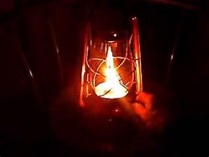 Lampe à Pétrole Ancienne Le Bon Coin : allumage d une ancienne lampe a petrole youtube ~ Melissatoandfro.com Idées de Décoration