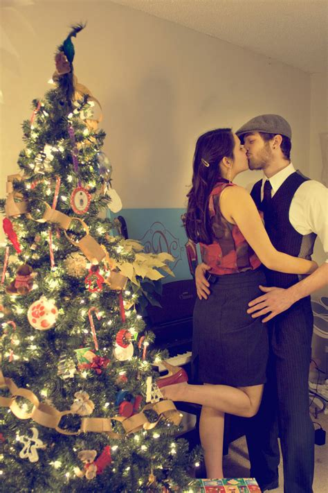 cute christmas couple dipietro portraits