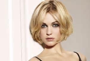 quelle coupe de cheveux pour visage rond coupe de cheveux pour visage rond quel look faut il adopter