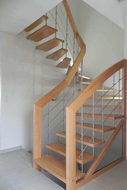 Escalier 2 quart tournant bois metal rampe d escalier bois