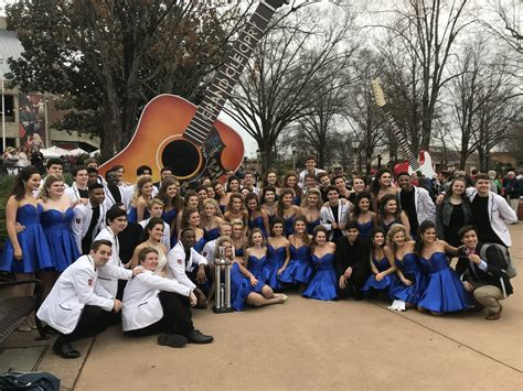 HHS show choir places third in national competition ...