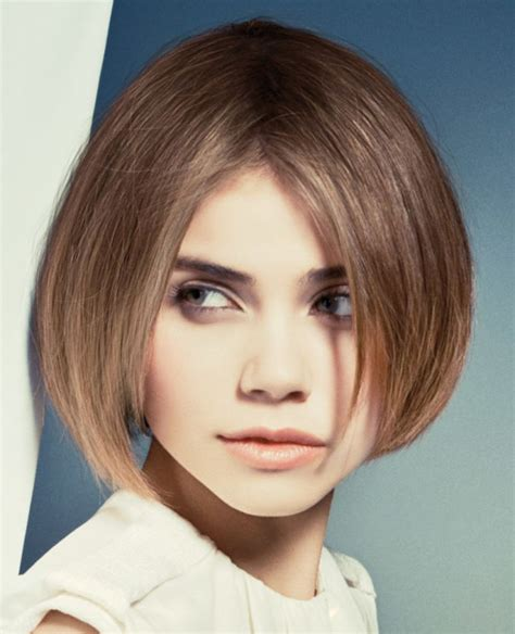 Q: How Can I Grow Out My Pixie Cut (Which is Almost a Bob