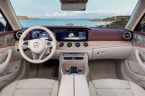 But as we learned with our test car, the price can rise quickly. 2018 Mercedes Benz E Class Cabriolet dashboard overview 02 - Motor Trend