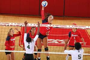 The Torch : SJU honors cancer surviors, splits weekend matches