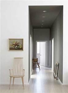 deco de couloir peinture gris perle et parquet clair With couleur pour couloir sombre 6 10 deco couloir canons pour sinspirer deco cool