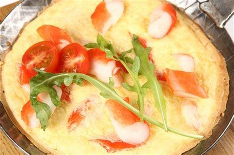 Omlete ar Viči balto krabju gaļu