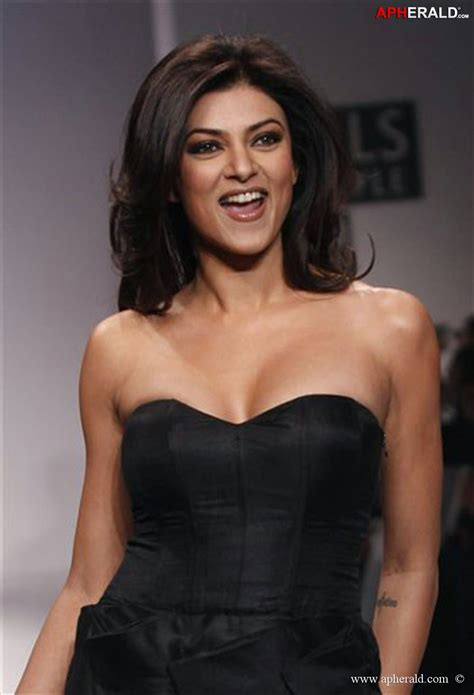 Sushmita Sen Hot Look