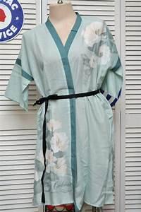 vintage 80s 90s robe kimono mint green white lilies With cacharel robe