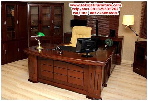 meja kantor jati  pimpinan wwwtokojatifurniture