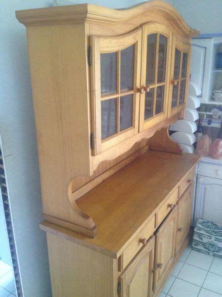 meuble vaisselier cuisine achetez meuble en pin de occasion annonce vente à chambly