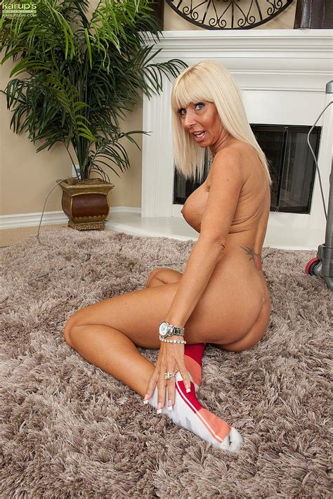 white haired milf kasey storm flash her round teet moms archive