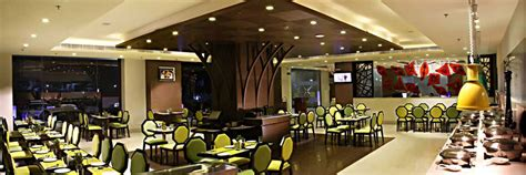 I bought a coffee and sparkling water from you guys and was shouted at by the manager/owner for taking a slice of lemon to put in my water, i'm not a. Cafe Green Eye | The Panache Patna, Hotel The Panache Best Hotel in Patna Travel in Patna, 5 ...