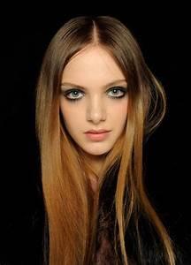 Lange Glatte Haare : glatte lange haare stylen ~ Frokenaadalensverden.com Haus und Dekorationen