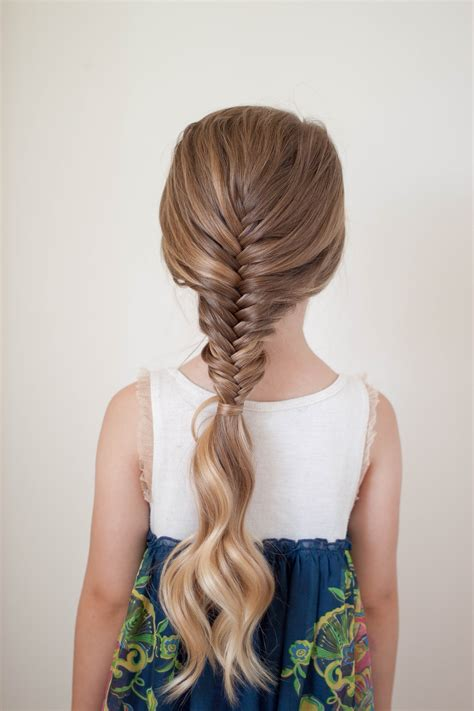 ways  wear  fishtail braid cute girls hairstyles