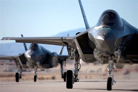 Canberra Defends Jet Fighter